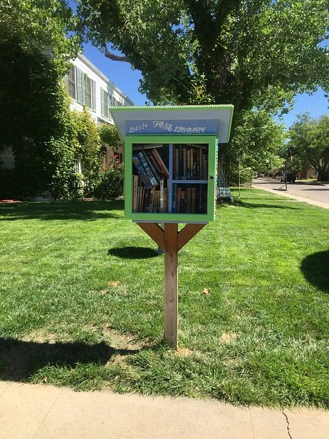 little-free-library-garden